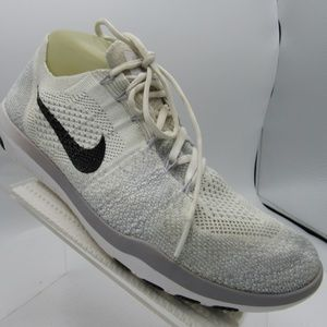Nike Flyknit 2 880630-100 Size 9 Running Shoes